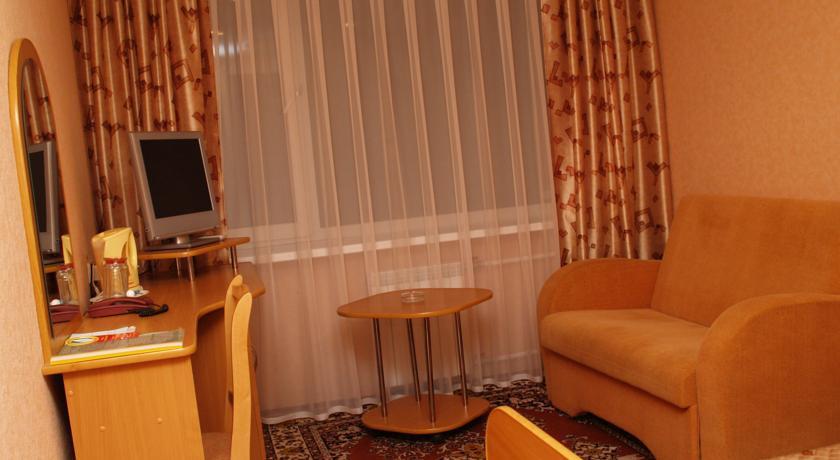 Pogostite.ru - Дружба | Дзержинск | сквер на площади Дзержинского | бизнес-центр | #13