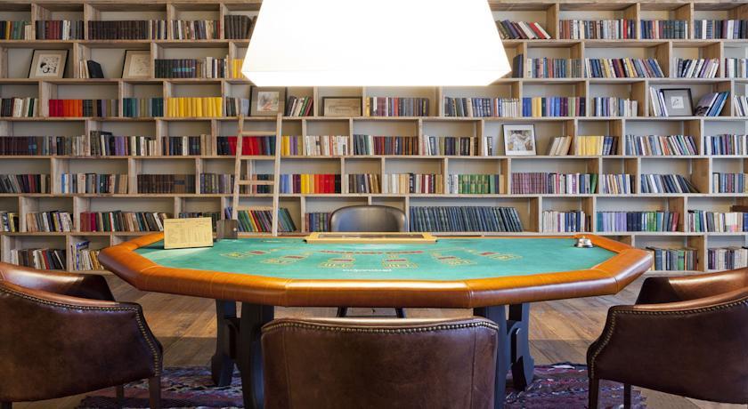 Pogostite.ru - Rooms Hotel Kazbegi | Румс Готель | Казбеги | река Терек | конференц-зал | #30