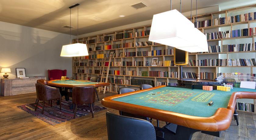 Pogostite.ru - Rooms Hotel Kazbegi | Румс Готель | Казбеги | река Терек | конференц-зал | #28