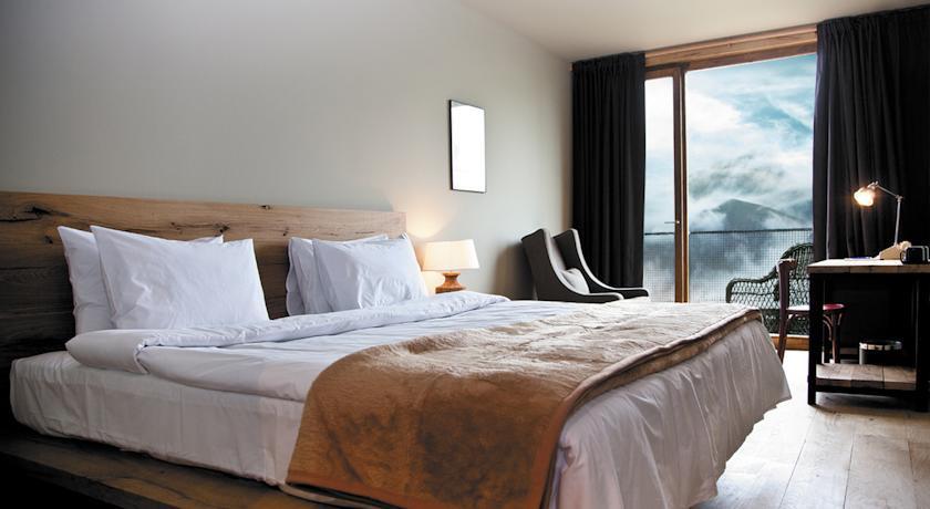 Pogostite.ru - Rooms Hotel Kazbegi | Румс Готель | Казбеги | река Терек | конференц-зал | #15