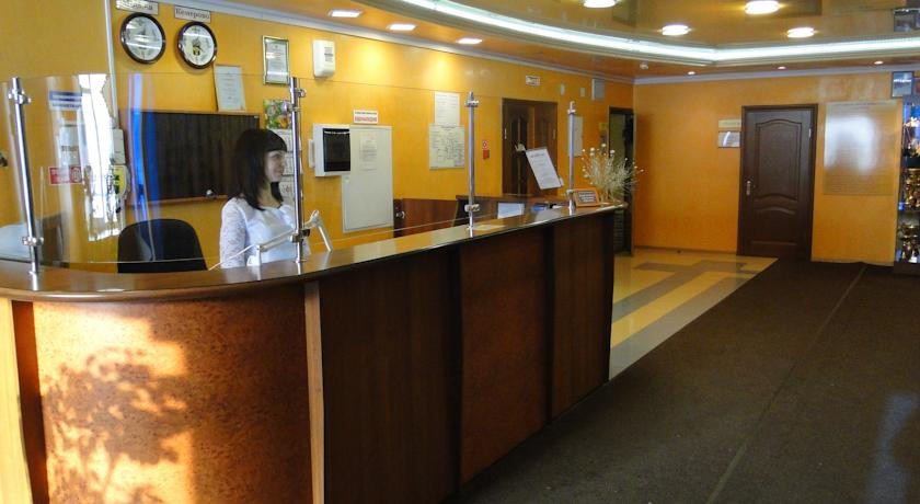 Pogostite.ru - Шахтер   Кемерово   центр спорта Шахтер   парковка   #2