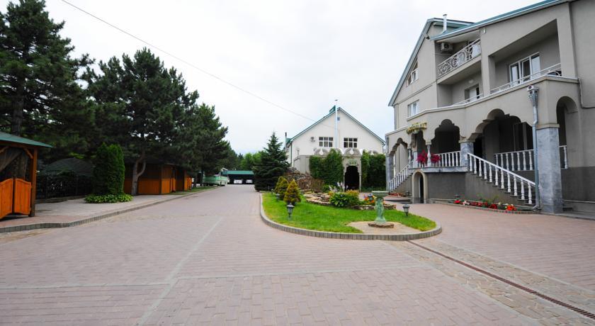 Pogostite.ru - Эдельвейс | Черкесск | парк Покровской церкви | конференц-зал | #3