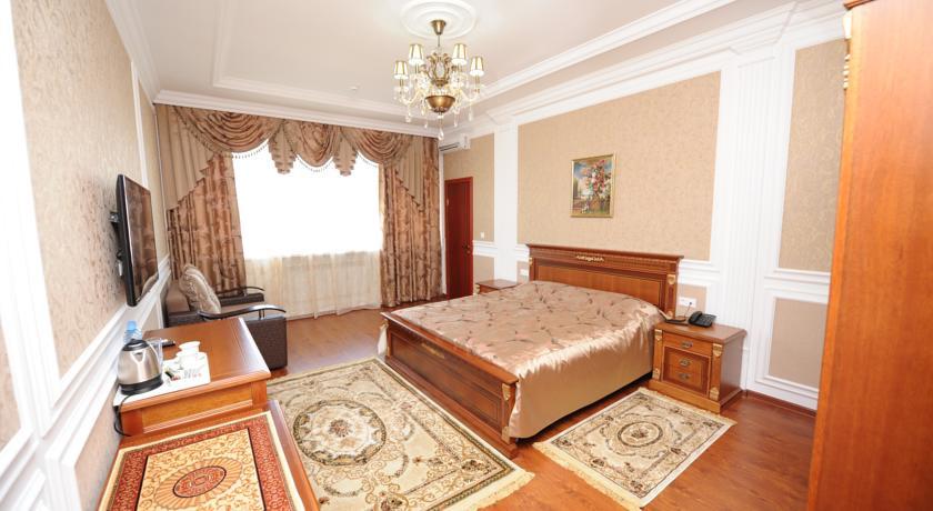 Pogostite.ru - Эдельвейс | Черкесск | парк Покровской церкви | конференц-зал | #12