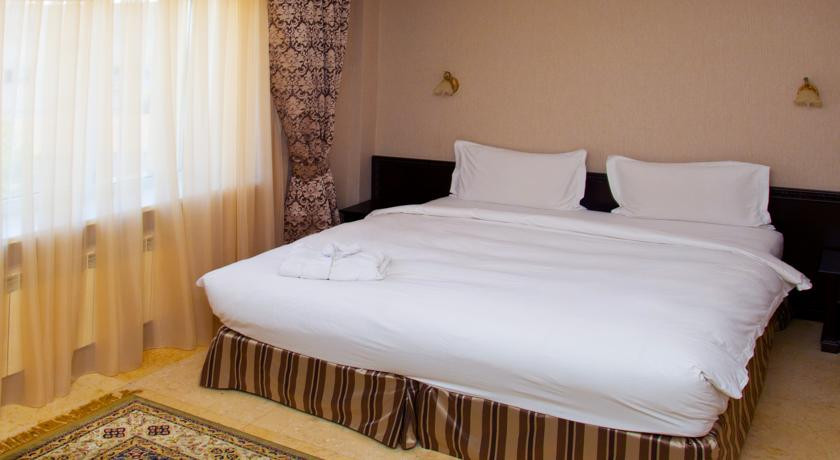 Pogostite.ru - Royal Petrol Hotel | Алматы | возле Family Park | интернет, парковка| #8
