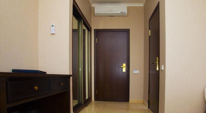 Pogostite.ru - Royal Petrol Hotel | Алматы | возле Family Park | интернет, парковка| #4