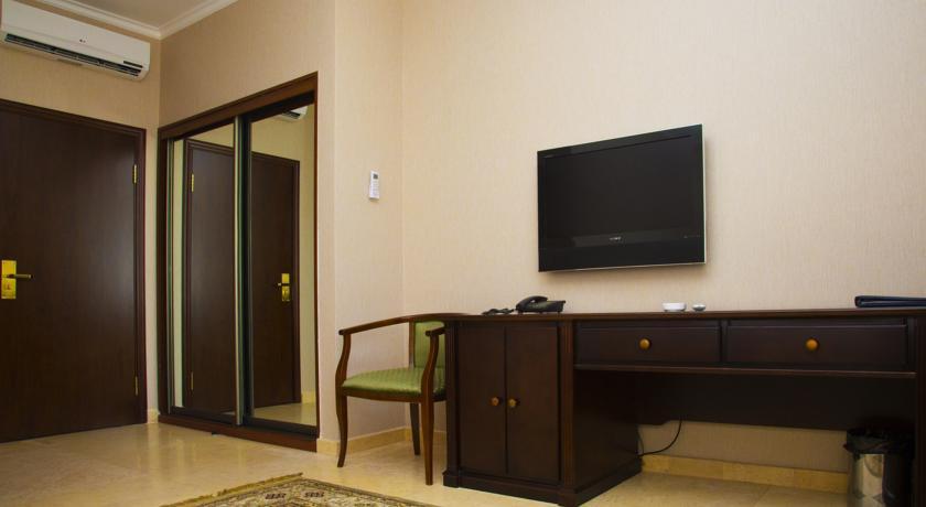 Pogostite.ru - Royal Petrol Hotel | Алматы | возле Family Park | интернет, парковка| #10
