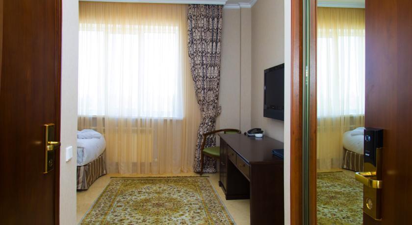 Pogostite.ru - Royal Petrol Hotel | Алматы | возле Family Park | интернет, парковка| #14