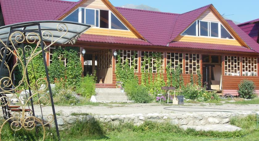 Pogostite.ru - Дом Лазаревых | Аршан | Тукинская долина | катание на лыжах | #1