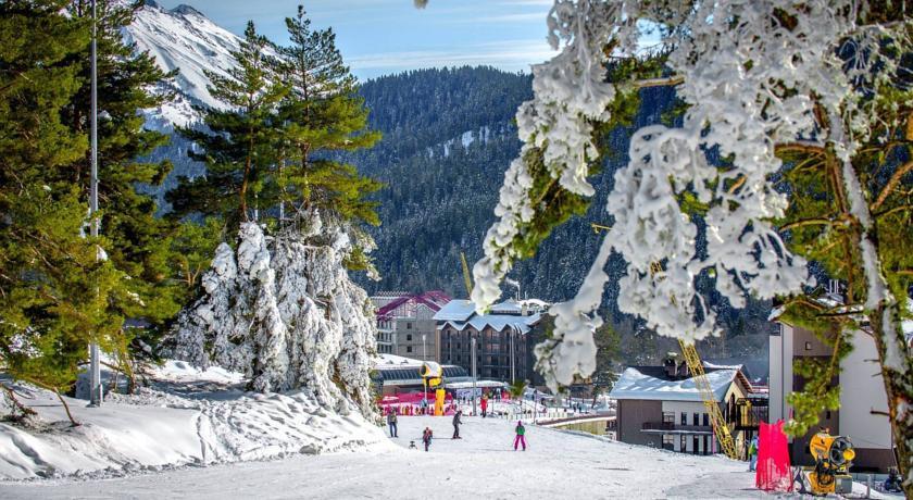 Pogostite.ru - АРХЫЗ | г. Архыз | Катание на лыжах | Парковка #6