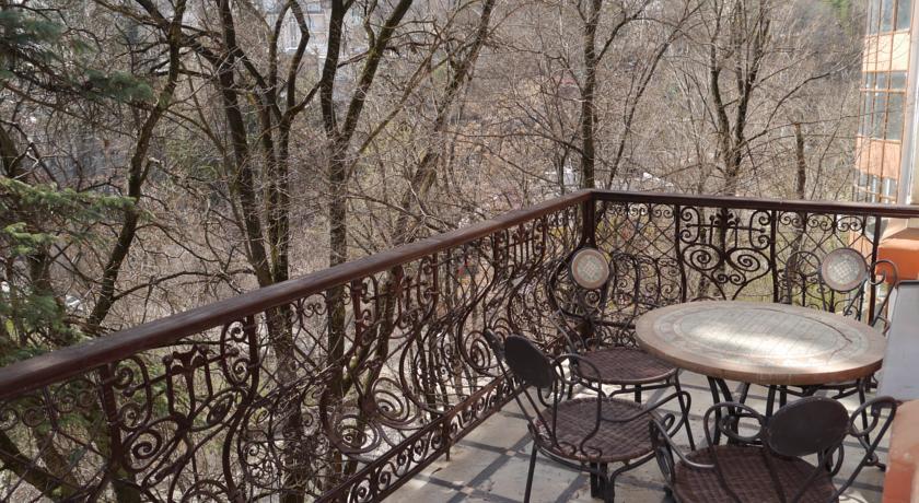 Pogostite.ru - ШАЛЯПИН ПАНСИОНАТ | г. Кисловодск | Бассейн | Сауна #16