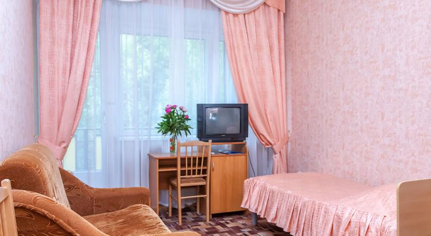 Pogostite.ru - РОДНИК САНАТОРИЙ | г. Кисловодск | Санаторно-курортное лечение | Три бювета на территории #10