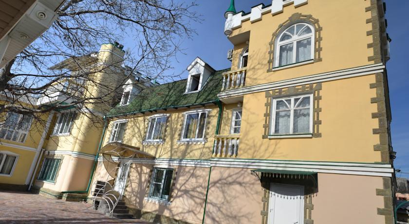 Pogostite.ru - У РЕКИ | г. Ессентуки | В центре | Рядом минеральные источники #1
