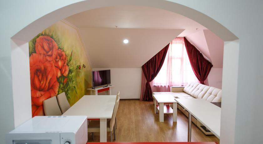 Pogostite.ru - Bridge Mountain Красная Поляна | семейные номера | Сауна | с завтраком #8