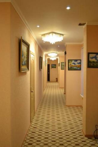 Pogostite.ru - Июль   г. Лобня   Театр Камерная Сцена   Парковка   #1
