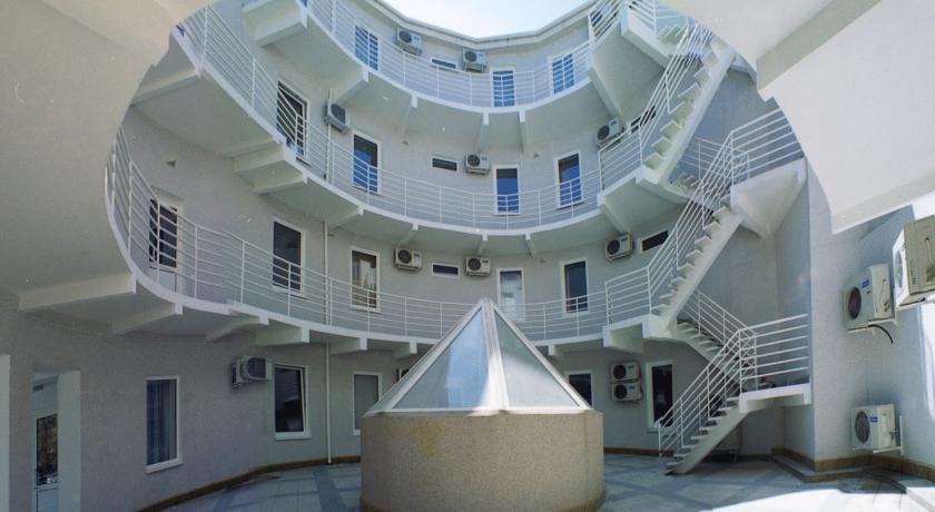 Pogostite.ru - Парк-Отель (г. Анапа, центр) #13