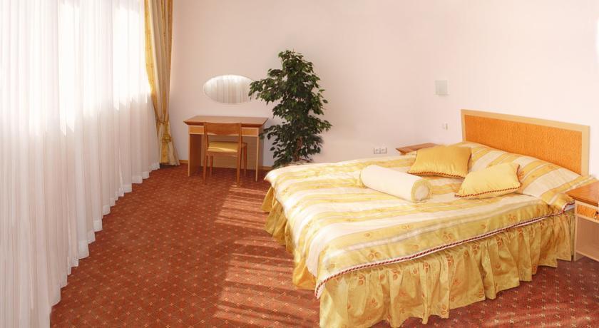 Pogostite.ru - Парк-Отель (г. Анапа, центр) #7