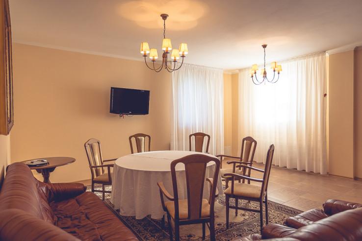 Pogostite.ru - ЛЕСНОЕ Отель Заповедник | г. Малоярославец | Киевское шоссе #75