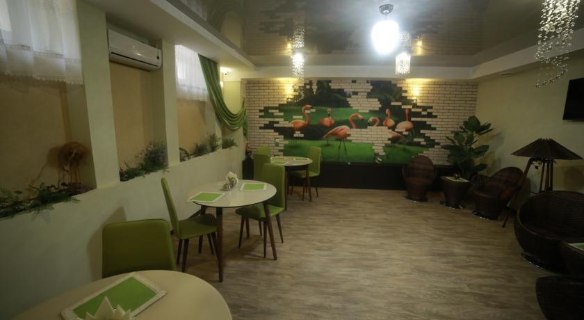 Pogostite.ru - Отель Усадьба   Оренбург   сквер Степана Разина   Парковка #4