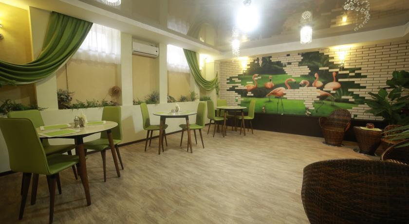 Pogostite.ru - Отель Усадьба   Оренбург   сквер Степана Разина   Парковка #5