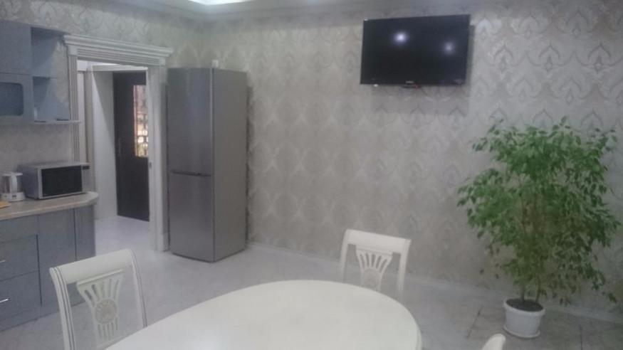Pogostite.ru - Апартаменты Ангелина | Майкоп | Церковь Державной Богоматери | Парковка #7