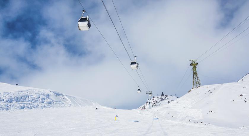 Pogostite.ru - Альпина | Терскол | 100 метров до подъемника | сауна | прокат лошадей #9