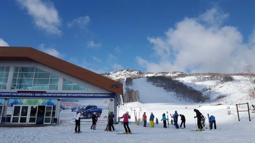 Pogostite.ru - Апартаменты Студио Алтынай   поселок Зеленая поляна  озеро Банное   Катание на лыжах #2