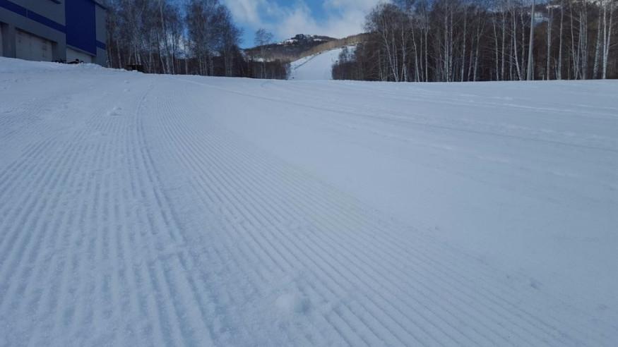 Pogostite.ru - Апартаменты Студио Алтынай   поселок Зеленая поляна  озеро Банное   Катание на лыжах #3