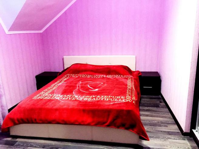 Pogostite.ru - Бунгало Таун Хаус на Банном | Зеленая поляна | оз. Банное | Сауна | #16