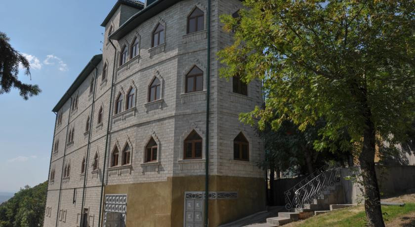 Pogostite.ru - Галерея Палас | Пятигорск | река Подкумок | Сауна | #1