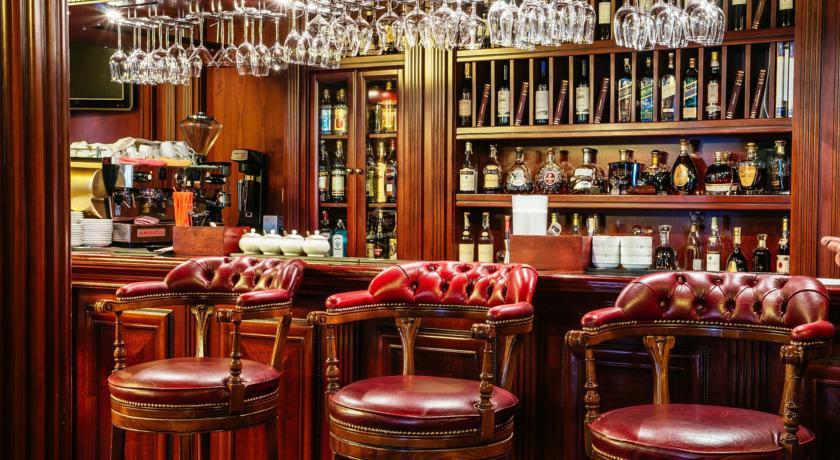 Pogostite.ru - Nobil Luxury Boutique Hotel   Кишинев   оз. Валя Малирол   Сауна   #6