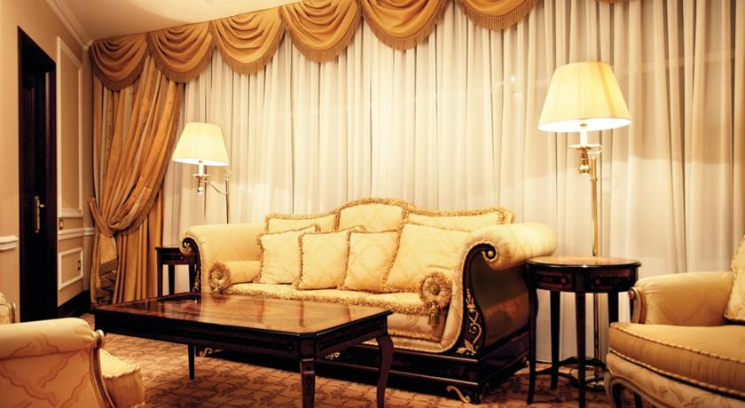 Pogostite.ru - Nobil Luxury Boutique Hotel   Кишинев   оз. Валя Малирол   Сауна   #18