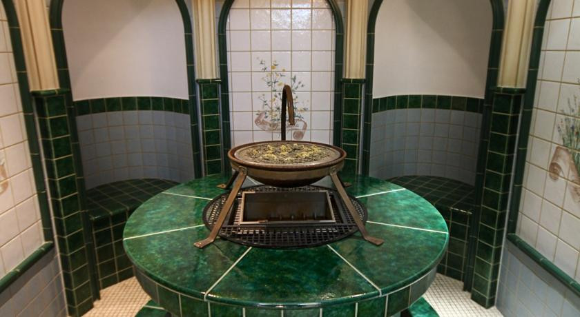 Pogostite.ru - Nobil Luxury Boutique Hotel   Кишинев   оз. Валя Малирол   Сауна   #34