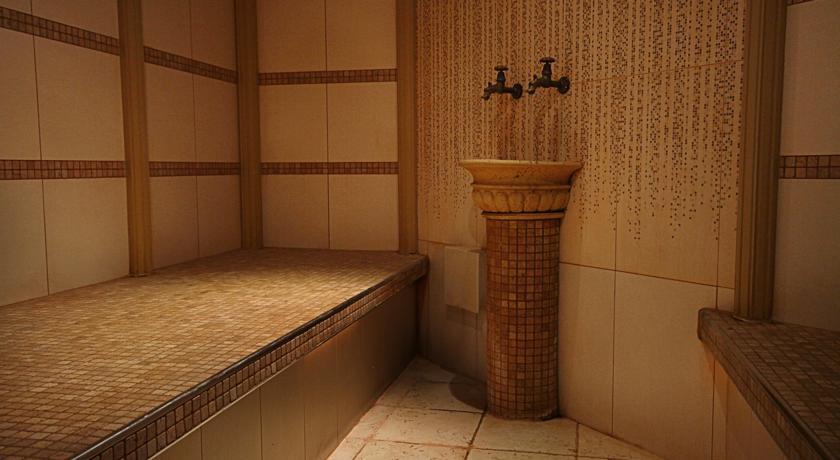 Pogostite.ru - Nobil Luxury Boutique Hotel   Кишинев   оз. Валя Малирол   Сауна   #37