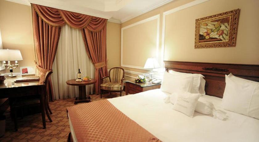 Pogostite.ru - Nobil Luxury Boutique Hotel   Кишинев   оз. Валя Малирол   Сауна   #13