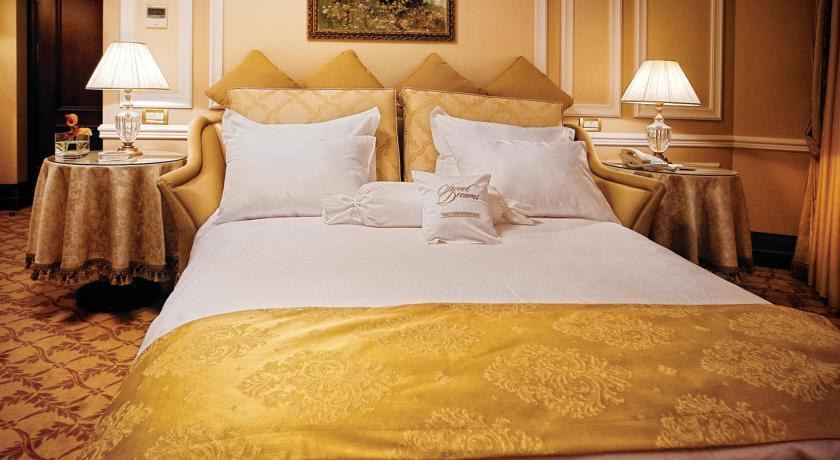 Pogostite.ru - Nobil Luxury Boutique Hotel   Кишинев   оз. Валя Малирол   Сауна   #15