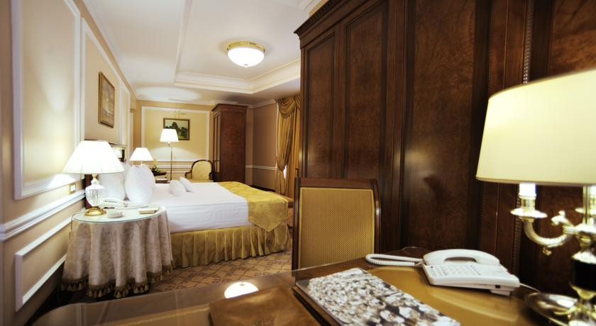 Pogostite.ru - Nobil Luxury Boutique Hotel   Кишинев   оз. Валя Малирол   Сауна   #20