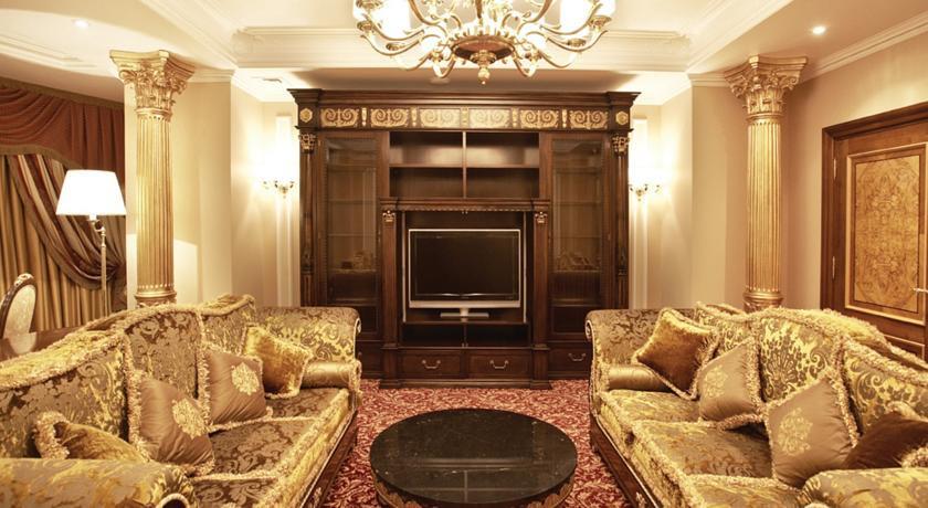 Pogostite.ru - Nobil Luxury Boutique Hotel   Кишинев   оз. Валя Малирол   Сауна   #9