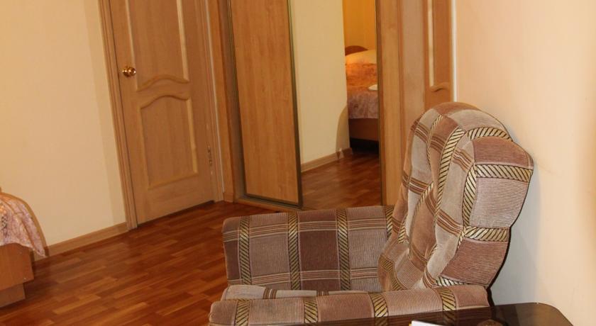 Pogostite.ru - Квант Отель   Якутск   сквер Декабристов   Парковка #18