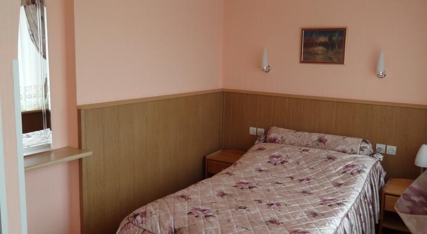 Pogostite.ru - Рижская Гостиница | Псков | Парковка #21