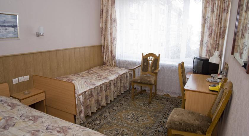 Pogostite.ru - Рижская Гостиница | Псков | Парковка #17