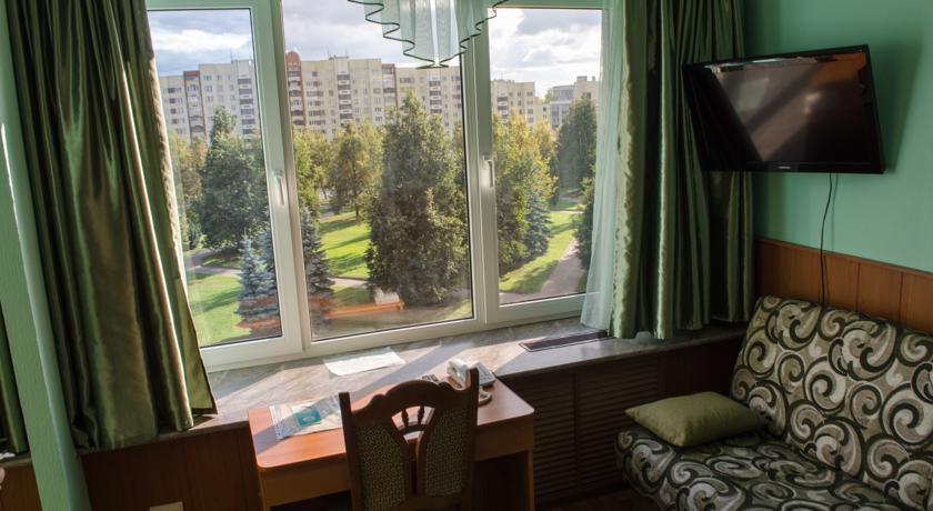 Pogostite.ru - Рижская Гостиница | Псков | Парковка #26