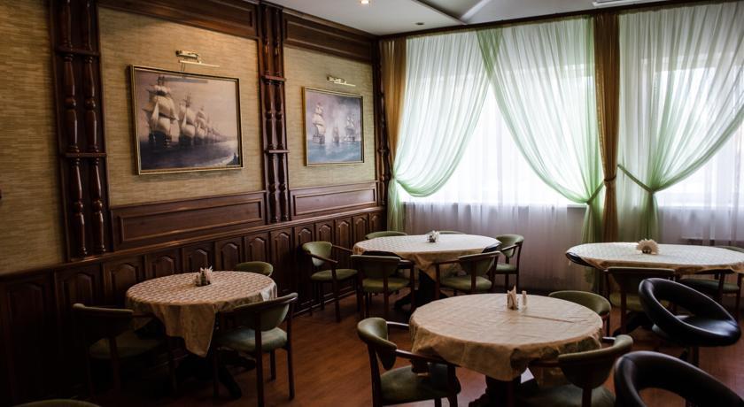 Pogostite.ru - Рижская Гостиница | Псков | Парковка #9