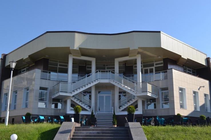 Pogostite.ru - Лада Резорт | г. Тольятти | Парковка #1