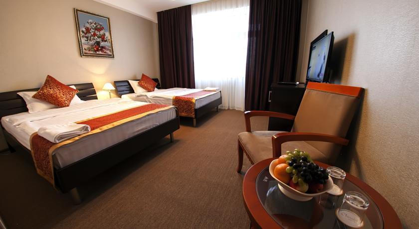 Pogostite.ru - Hotel Classic | Ош | сквер имени Ю. А. Заднепровского | Фитнес-центр #24