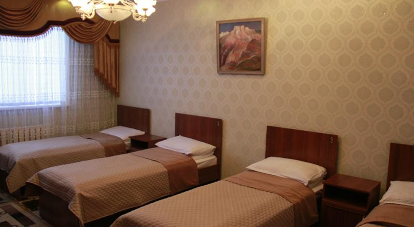 Pogostite.ru - Hostel Inn Osh | Ош | р. Акбура | Парковка | #20