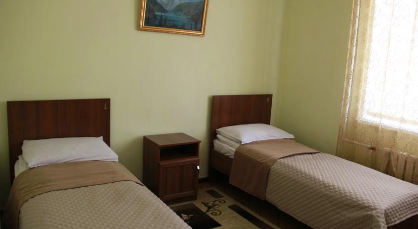 Pogostite.ru - Hostel Inn Osh | Ош | р. Акбура | Парковка | #9