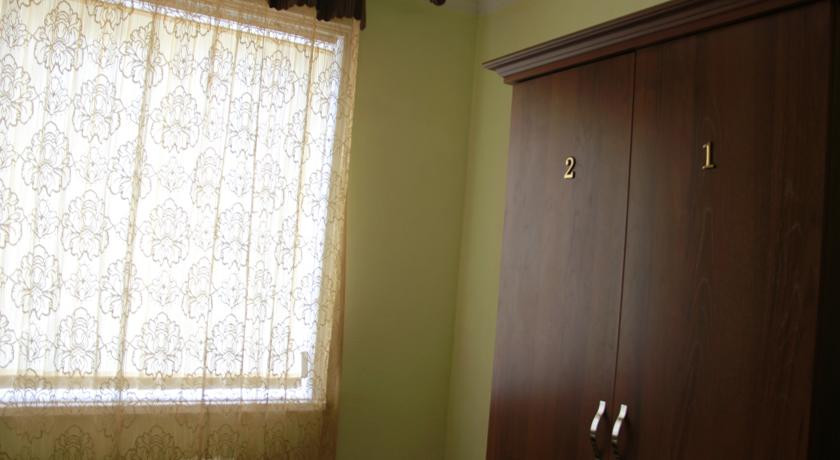 Pogostite.ru - Hostel Inn Osh | Ош | р. Акбура | Парковка | #10