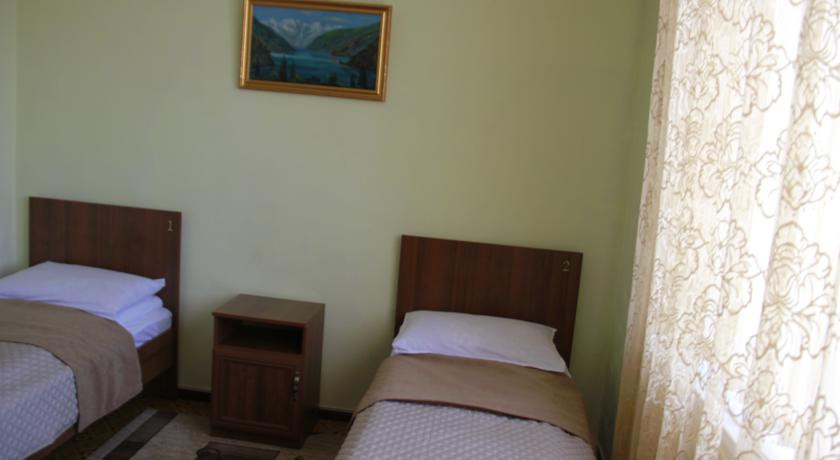 Pogostite.ru - Hostel Inn Osh | Ош | р. Акбура | Парковка | #11