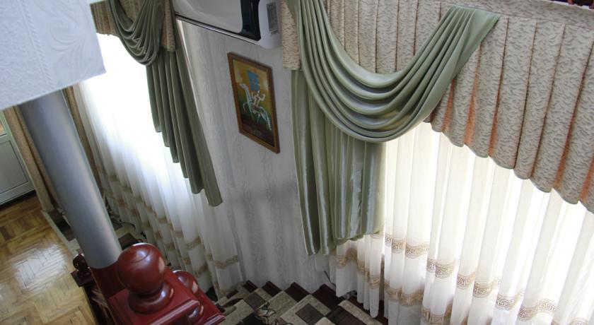 Pogostite.ru - Hostel Inn Osh | Ош | р. Акбура | Парковка | #13