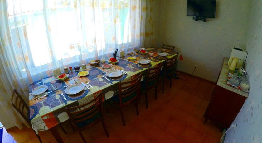 Pogostite.ru - Zhukovs' Guest House | Ош | городской музей | парковка #3